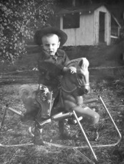 cropped-kyle-age-2-in-kentucky-0011.jpg